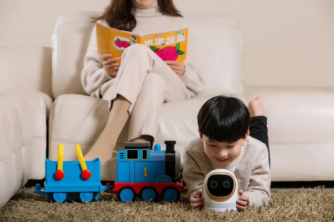 好物好价小帅智能机器人大白 最好的礼物送给孩子